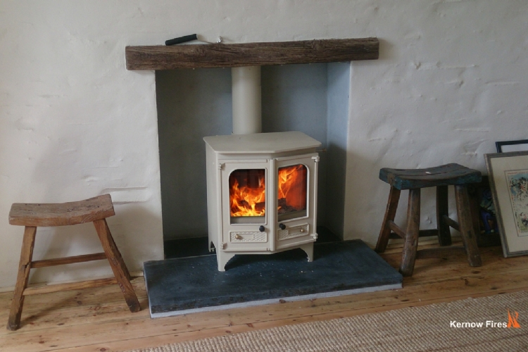 Charnwood Country 6 in Cream
