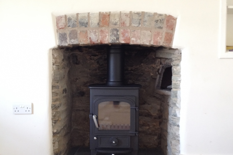 Clearview Pioneer in traditional fireplace