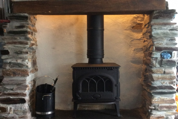 Jotul F3 installed in Cornwall