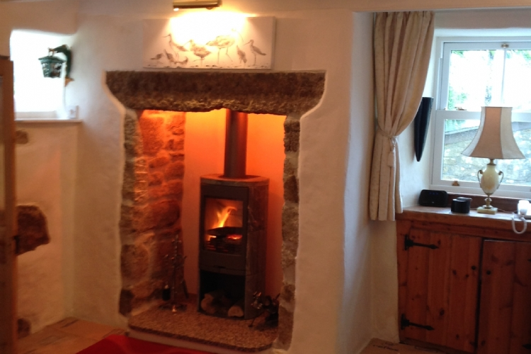 Contura 820 in a Cornish Cottage